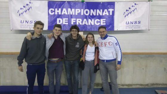 Hervé Dewez sur le podium avec l'équipe U.N.S.S. !